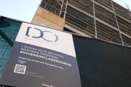 cartello cantiere qr code sviluppo lavori